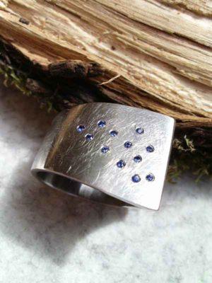 "Ring ""Azur"" Sattel"